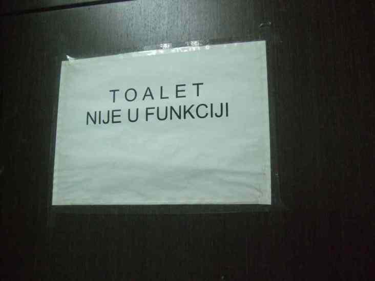 Zoster Toilette
